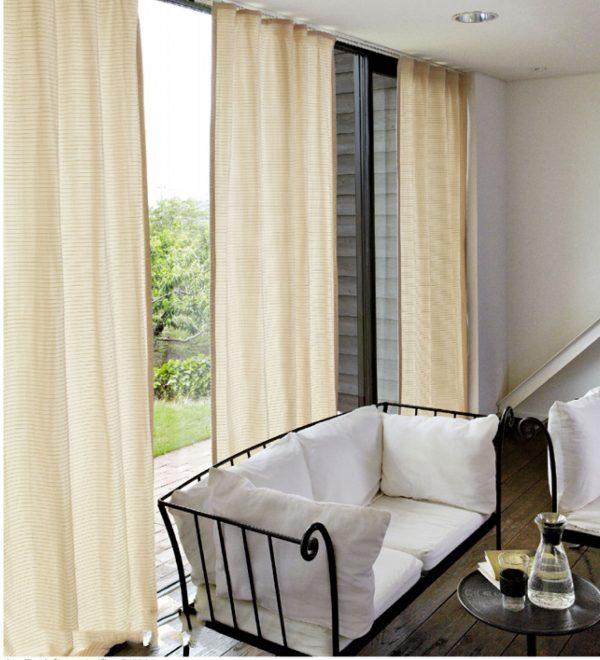 Rèm phòng khách đơn giản