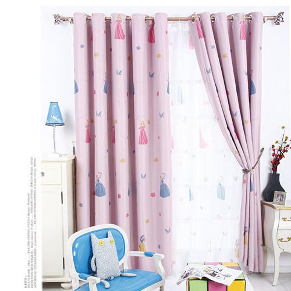 Rèm vải phòng bé gái có họa tiết